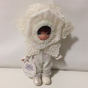 NEW Precious Moments Doll Collection 2005